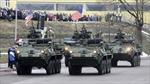Xe quân sự Mỹ nghênh ngang sát biên giới Nga
