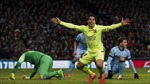Luis Suarez lập cú đúp nhấn chìm Manchester City