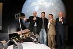 Giải đua xe đầu tiên trên Mặt Trăng