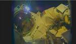Phi hành gia kết thúc thành công đi bộ ngoài không gian