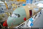 Chiếc A350 XWB đầu tiên của Vietnam Airlines rời xưởng sơn