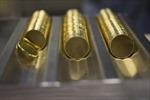 Giá vàng ổn định, giá dầu biến động