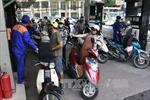 Lý giải chuyện tăng giá xăng dầu