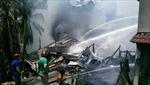 Cháy lớn thiêu rụi nhiều nhà dân trong khu dân cư