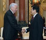 Chủ tịch nước tiếp Chủ tịch Hạ viện Kazakhstan