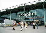 Hà Lan hủy hàng chục chuyến bay do bão lớn