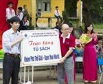 Tặng tủ sách cho học sinh nghèo Bắc Ninh