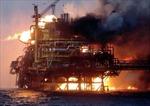Cháy giàn khoan dầu Mexico, 20 người thương vong