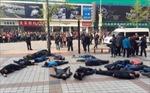 Hơn 30 tài xế taxi tự tử tập thể ở Trung Quốc