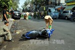 Ô tô va xe máy, hai vợ chồng thương vong
