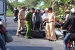 Ô tô đâm xe máy, hai người tử vong