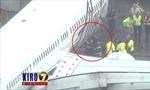 Máy bay Mỹ hạ cánh khẩn do nhân viên kẹt trong khoang hàng