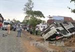 Hai xe khách tông ngược chiều, hàng chục người bị thương