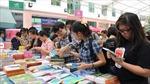 Nhiều nhà thơ, nhà văn góp mặt tại Ngày sách Việt Nam