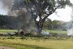 Rơi máy bay tại sân golf, 7 người thiệt mạng