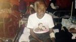Cụ 101 tuổi sống sót sau 7 ngày kẹt trong đống đổ nát ở Nepal
