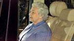 Nữ hoàng Anh lần đầu gặp mặt chắt gái mới sinh