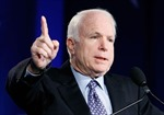Ukraine bổ nhiệm Thượng nghị sĩ John McCain làm cố vấn