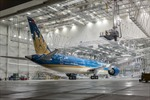 Boeing 787-9 Dreamliner rời xưởng sơn tại Mỹ