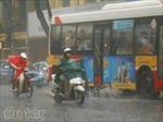 Miền Bắc mưa dông, miền Trung nắng nóng