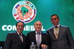 Sepp Blatter - hỗn loạn hay phát triển?