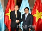 Phó Thủ tướng Phạm Bình Minh hội đàm với TTK Ban Ki-moon