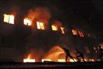 Khống chế không để tái cháy xưởng bông Thái Bình