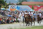 Đua ngựa Bắc Hà hấp dẫn và kịch tính