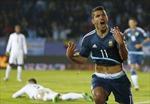 Aguero ghi bàn đánh bại ĐKVĐ Uruguay