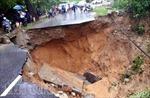 'Hố tử thần' chia cắt quốc lộ 4D qua Lai Châu