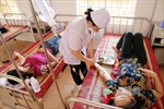 86 công nhân nhập viện do thức ăn nhiễm hóa chất