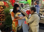 Siêu thị tham gia xuất khẩu hàng Việt