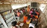 Trường nổi mang chữ đến học sinh vùng lũ ở Bangladesh