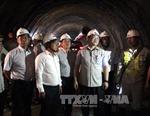Phó Thủ tướng Hoàng Trung Hải kiểm tra tiến độ dự án hầm Đèo Cả