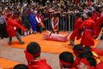 Chém lợn, đập trâu làm 'nóng' hội nghị về lễ hội