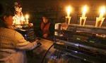Người dân Crimea vững vàng trong bóng tối