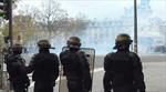 Hơn 200 người bị bắt giữ trong biểu tình ở Paris
