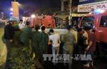 Cháy dữ dội cửa hàng bán vải ở Hà Nội