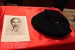 Đón nhận kỷ vật của Chủ tịch Hồ Chí Minh tại Pháp