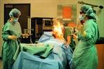 Bệnh nhân bốc cháy trên bàn mổ