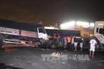 Xe container đâm nát cabin xe tải, tài xế tử vong