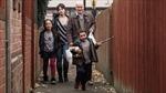 """Tình người thời """"thắt lưng buộc bụng"""" được tôn vinh tại Cannes"""