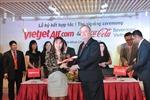 Vietjet đưa Coca-Cola lên máy bay