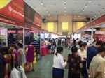 Nô nức đi hội chợ hàng Thái