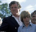 Cuộc sống trong men say của gia đình Ted Kennedy