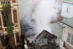 Cháy nhà 5 tầng ở phố Hàng Than, Hà Nội