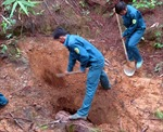 Kon Tum phá bỏ các hầm khai thác vàng trái phép