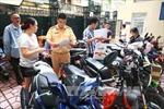 Vắng người trong ngày đầu nộp thuế trước bạ xe máy điện