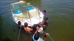 Trục vớt 3 ca nô cao tốc chìm trên biển Hội An