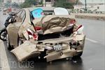 3 xe ô tô đâm liên hoàn trên cầu Bình Lợi